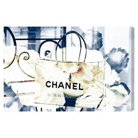 An Iconic Shopping Bag Canvas Print, Oliver Gal