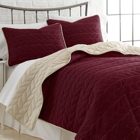 3-Piece Kayla Coverlet Set in Red & Whitecap
