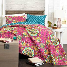 Addington Quilt Set in Fuchsia