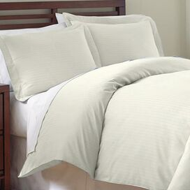 Maureen Duvet Cover Set in Ivory