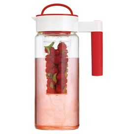 Bistro Travel Pitcher in Red