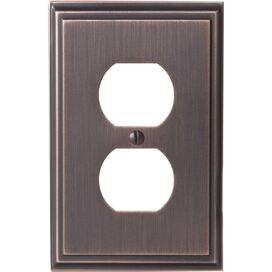 Oliver Outlet Wall Plate in Oil-Rubbed Bronze