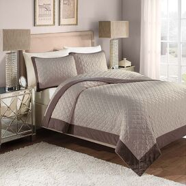 Monroe Quilt Set in Taupe