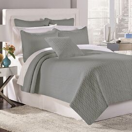 Tristan Quilt Set in Gray