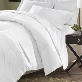 Connor Comforter in White