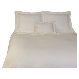 Diamante Pillow in Ivory