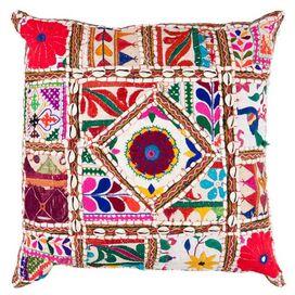 Maddox Pillow