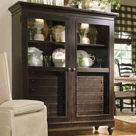 Shiri Display Cabinet in Tobacco