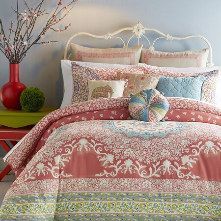 Amaritta Comforter Set