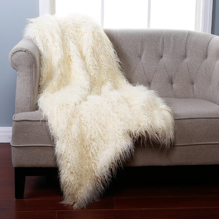 Lilla Throw in Ivory