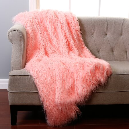 Lilla Throw in Pink